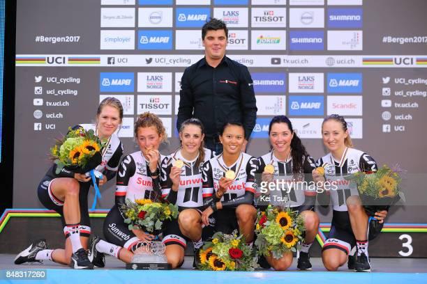 90th Road World Championships 2017 / TTT Women Elite Podium / Lucinda BRAND / Leah KIRCHMANN / Juliette LABOUS / Liane LIPPERT / Floortje MACKAIJ /...