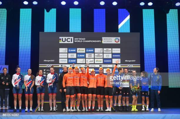 90th Road World Championships 2017 / Women Junior Road Race Podium / Team Great Britain / 2nd Nations Cup Prize / Rhona CALLANDER / Pfeiffer GEORGI /...