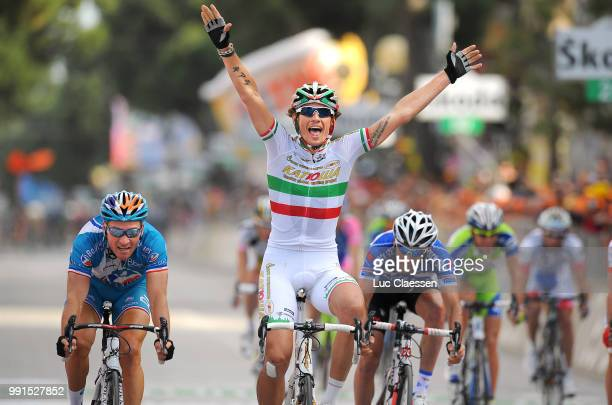 93Th Giro D'Italia 2010 Stage 12 Arrival Filippo Pozzato Celebration Joie Vreugde Thomas Voeckler Jerome Pineau /Citta Sant'Angelo Porto Recanati...