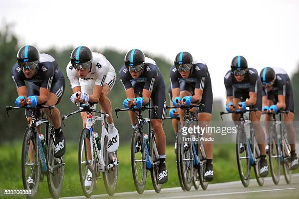 93th Giro d'Italia 2010 / Stage 4 Team Sky / Bradley Wiggins / Michael Barry / Dario Cioni / Steven Cummings / Christopher Froome / Mathew Hayman /...