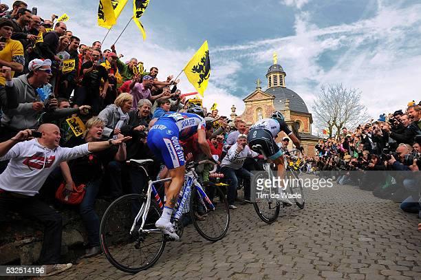 95th Tour of Flanders 2011 Sylvain CHAVANEL / Fabian CANCELLARA / Illustration Illustratie / Muur van Geraardsbergen Mur de Grammont / Fans...
