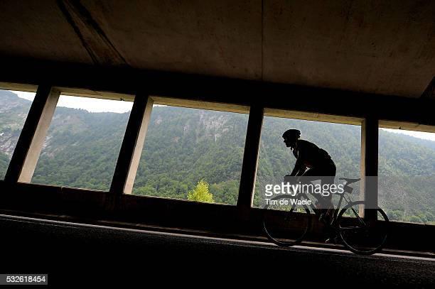98th Tour de France 2011 / Stage 13 Illustration Illustratie / Silhouet / Tunnel / GUSEV Vladimir / Pau Lourdes / Ronde van Frankrijk / TDF / Etape...
