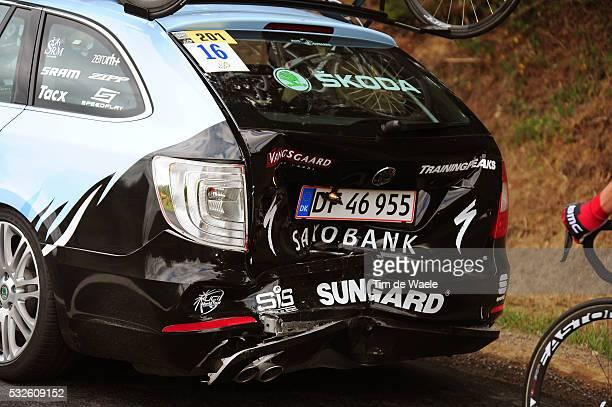 98th Tour de France 2011 / Stage 8 Illustration Illustratie / Car Voiture Auto Crash Team Saxo Bank Sungard / Aigurande SuperBesse Sancy / Ronde van...