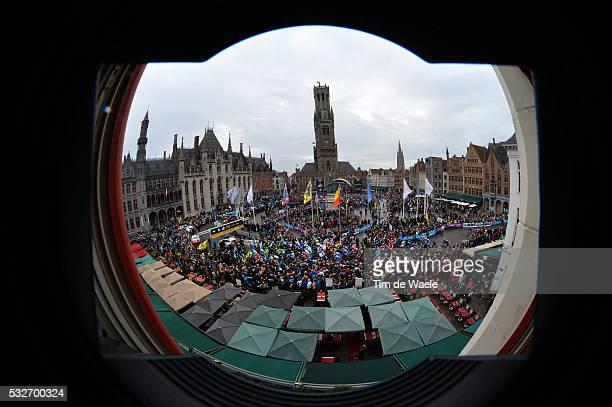 98th Tour of Flanders 2014 Illustration Illustratie / Public Publiek Spectators / Peleton Peloton / BRUGGE City Ville Stad / Landscape Paysage...