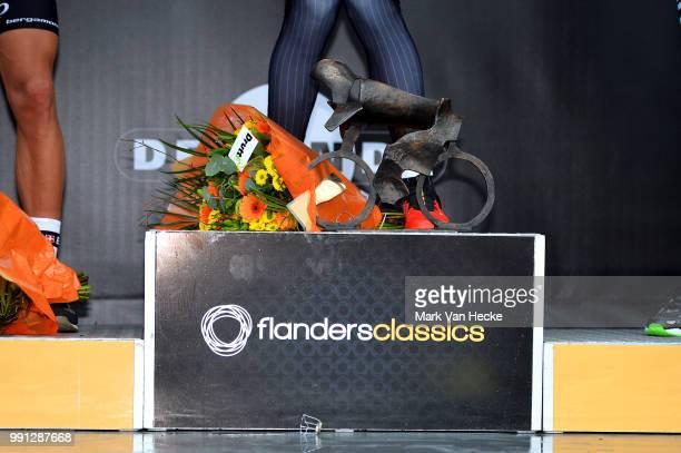 98Th Tour Of Flanders 2014 Podium Trophee Trofee Illustration Illustratie Cancellara Fabian / Brugge Oudenaarde / Flanders Classics Tour De Flandres...