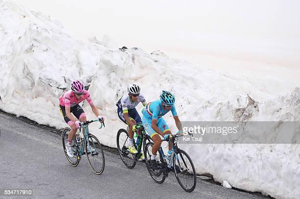99th Tour of Italy 2016 / Stage 19 Illustration / Vincenzo NIBALI / Johan Esteban CHAVES RUBIO / Steven KRUIJSWIJK Pink Leader Jersey / Mikel NIEVE...