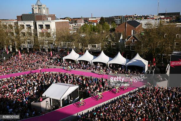 99th Tour of Italy 2016 / Team Presentation Team TINKOFF / Illustration Public Fans Apeldoorn City Town Hall Square Landscape / Giro /