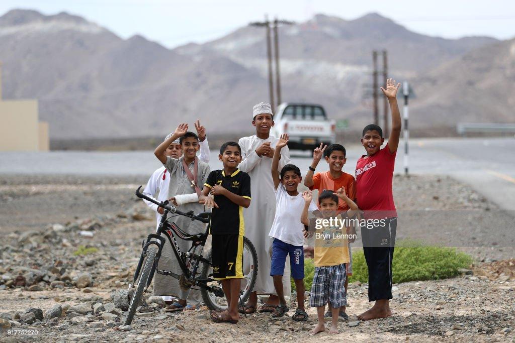 9th Tour of Oman 2018 / Stage1 Public / Fans / Nizwa - Sultan Qaboos University (162.5km)/ Oman Tour /