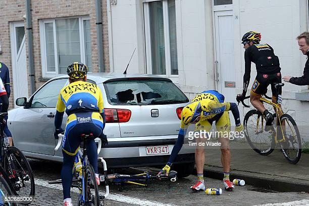 Dwars Door Vlaanderen 2014 Nikolai Trusov / Illustration Illustratie / Crash Chute Val broken window Car Voiture Auto / Roeselare Waregem / A Travers...