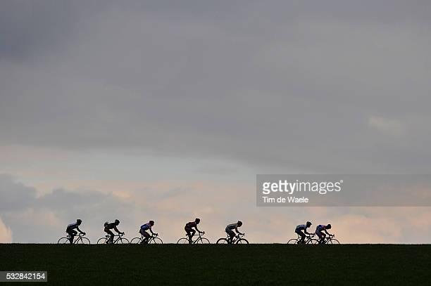 Cycling E3 Prijs Vlaanderen Harelbeke Illustration Illustratie / Peleton Peloton / Silhouet / Landscape Paysage Landschap / Harelbeke Harelbeke /...
