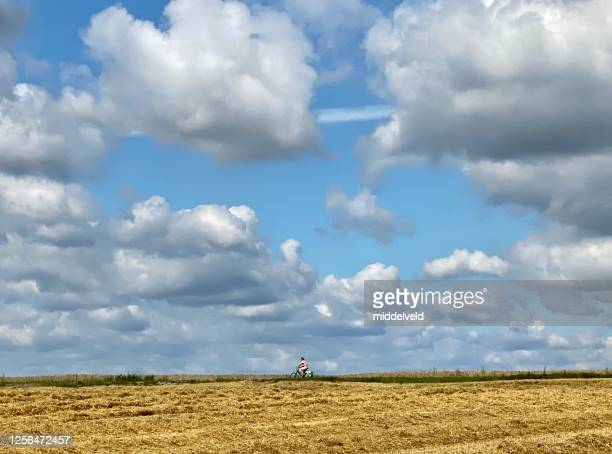 国のサイクリング - 干拓地 ストックフォトと画像