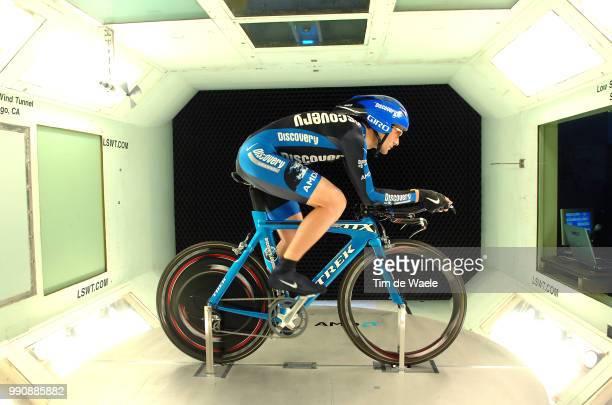 Ivan Basso Wind Tunnel Testinglow Speed Wind Tunnel Team Discovery Channel Tim De Waele