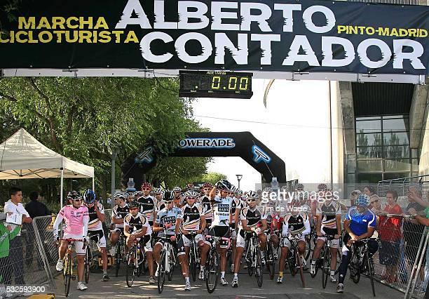 Marcha Cicloturista A. CONTADOR 2011 Alberto CONTADOR / Illustration Illustratie / Start / Pinto - Pinto / Tourist Toerist Ride /Tim De Waele