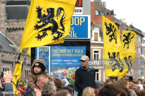 Omloop Het Volk 2008Illustration Illustratie Public Publiek Supporters Flags Drapeau Vlag Gent Gent Tim De Waele