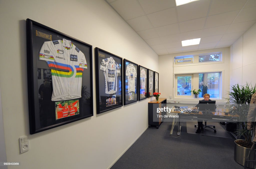 Sungard Exhibition Stand Alone : Team saxo bank sungard service course offices bureau kantoor