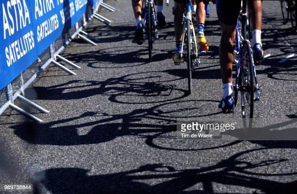 Tour De France 2002 /Illustration, Illustratie, Ombre, Shadow, Schaduw /Tdf, Ronde Van Frankrijk,