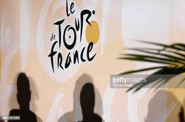 Tour De France 2007, Pc Rasmussenillustration Illustratie Shadow Hombre Schaduw, Michael Rasmussen Presse Persconferentie, De Rooy Theo Manager Team...