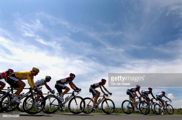 Tour De France 2007, Stage 2Illustration Illustratie, Peleton Peloton, Silhouet, Sky Ciel Hemel Lucht, Team Csc, Cancellara Fabian Yellow Jersey,...