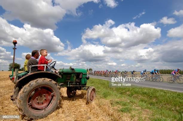 Tour De France 2007, Stage 3Illustration Illustratie, Clowds Nuages Wolken Sky Ciel Lucht, Peleton Peloton, Landscape Paysage Landschap, Tractor...