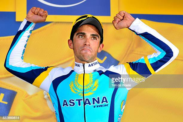'Cycling Tour de France 2009 / Stage 15 podium / CONTADOR Alberto / Celebration Joie Vreugde / Pontarlier Verbier Rit Etape / TDF / Ronde van...