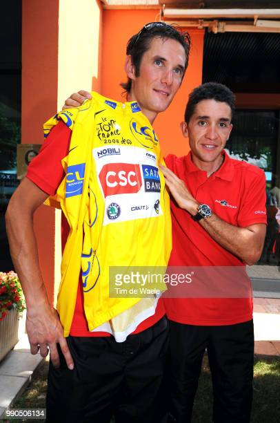 Tour De France Restdayschleck Frank Yellow Jersey Carlos Sastre Pc Press Conference Team Csc Saxo Bank Embrun Prato Nevoso Cuneo Ronde Van Frankrijk...