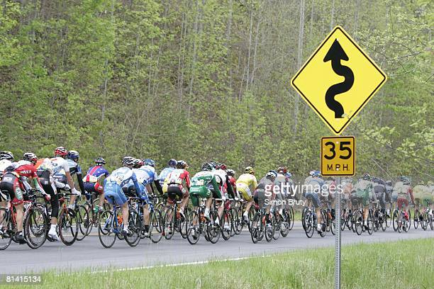 Cycling Tour de Georgia Miscellaneous view of peloton in action riding from Gainesville to Brasstown Bald Mountain during stage 5 GA 4/23/2005