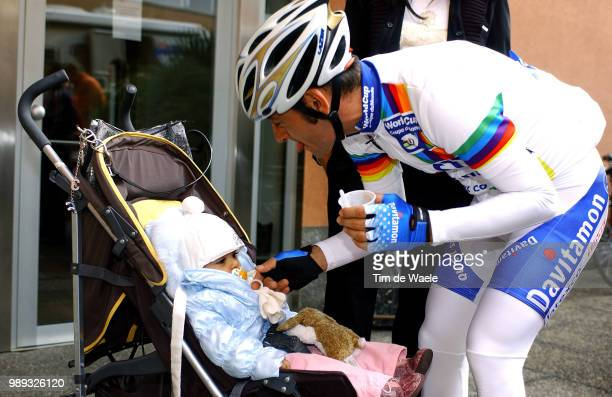 Tour Of Lombardie 2004Bettini Paolo Family Familie Dauchter Dochter Fille Veronicaworld Cup Wereldbeker UciwwwTdwsportCom