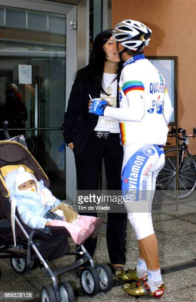 Tour Of Lombardie 2004Bettini Paolo Family Familie Dauchter Dochter Fille Veronica Woman Femme Vrouw Monicaworld Cup Wereldbeker UciwwwTdwsportCom