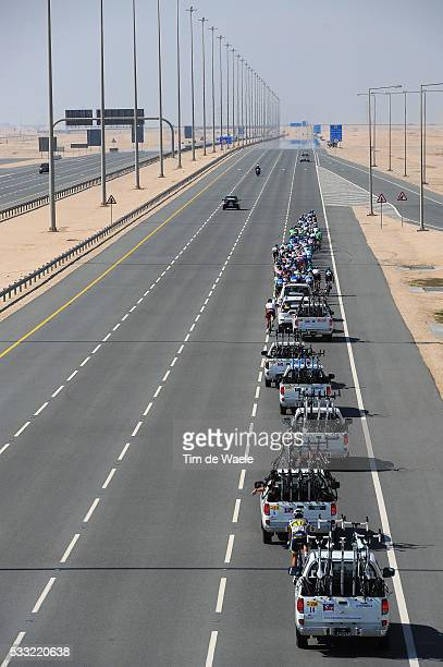 Tour of Qatar 2013 / Stage 4 Illustration Illustratie / Car Voiture Auto / Peleton Peloton / Highway Autoroute Autostrade Snelweg / Dessert Woestijn...