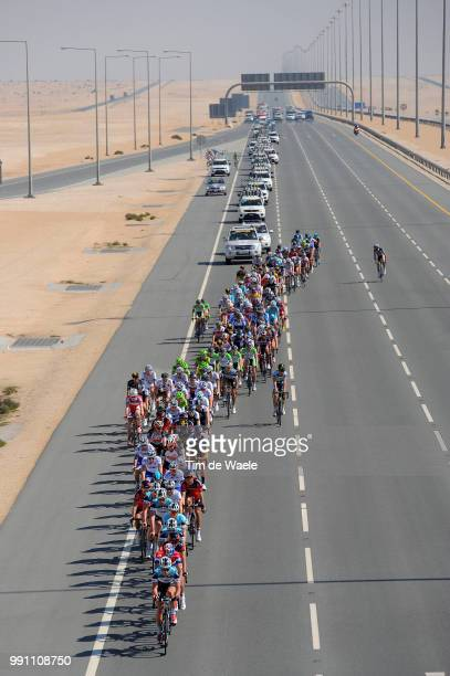 Tour Of Qatar 2013, Stage 4 Illustration Illustratie, Peleton Peloton, Highway Autoroute Autostrade Snelweg, Dessert Woestijn, Landscape Paysage...
