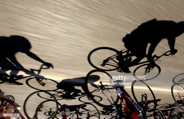 Tour Of Spain 2003 Illustration Illustratie Peleton Peloton Shadow Schaduw Ombre Etape Stage Rit 16 Jaen Sierra Nevada Vuelta D'Espagna Ronde Van...