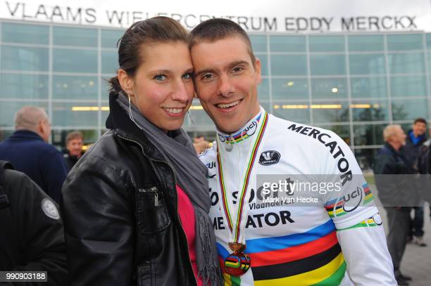 Track World Championships 2012, Men Madisonkenny De Ketele + Sara Peeters Wife Femme Vrouw, Returning Home With There Gold Medal, Madison /...