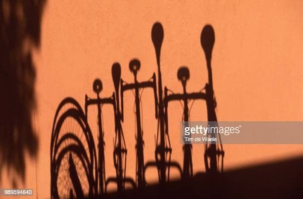 Vuelta Mallorca /Illustration, Illustratie, Ombre Shadow Schaduw /Velo Fiets Bike, Tour De Majorque, Ronde,