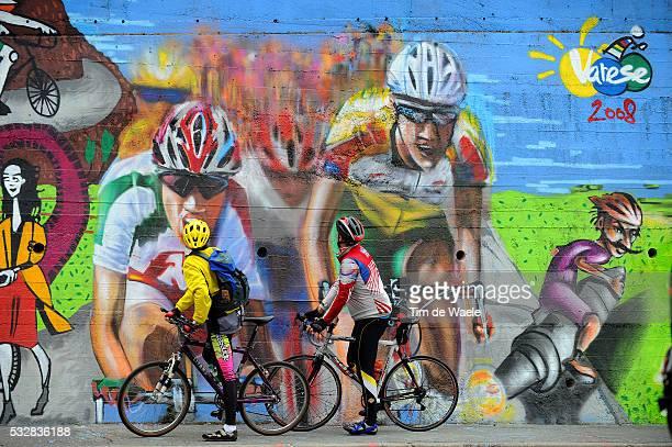 Varese / Road Race Elite Women Illustration Illustratie / Public Publiek Supporters Fans / Graffiti Grafiti Painting / Varese / Women Femmes / World...