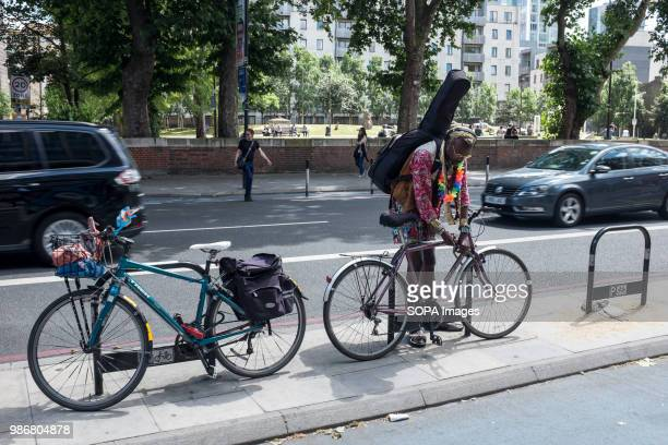 A cyclist locking up his bike London is the Capital city of England and the United Kingdom it is located in the south east of the country In 2017 it...