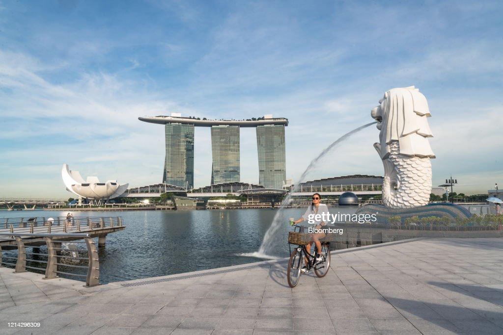 Singapore to Reopen More Businesses as Virus Seen Controlled : News Photo