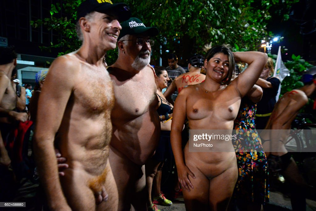 The 'World Naked Bike Ride' in Sao Paulo : News Photo