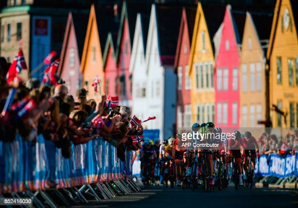 Cyclists compete during the women elite road race of the UCI Cycling Road World Championships in Bergen on September 23 2017 / AFP PHOTO / Jonathan...