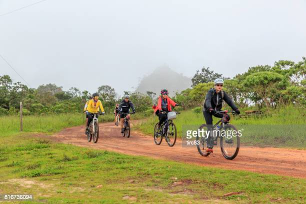 Cyclists in Pirenopolis National Park
