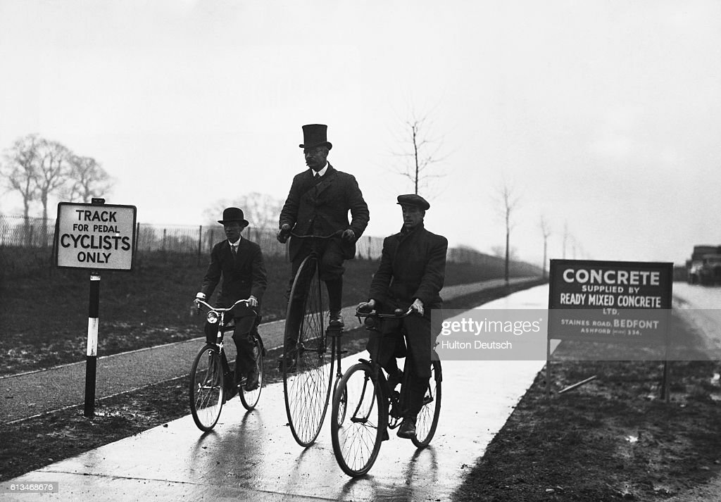 Cyclists on old and modern bikes test the new cycle path at