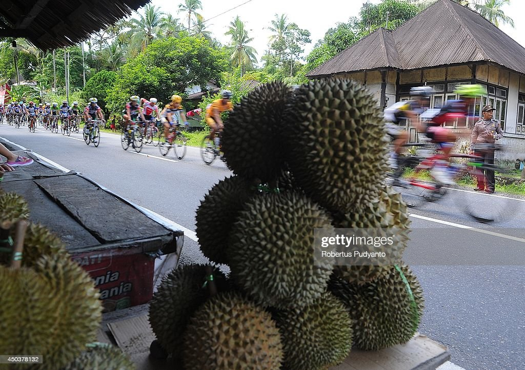 Tour de Singkarak : News Photo