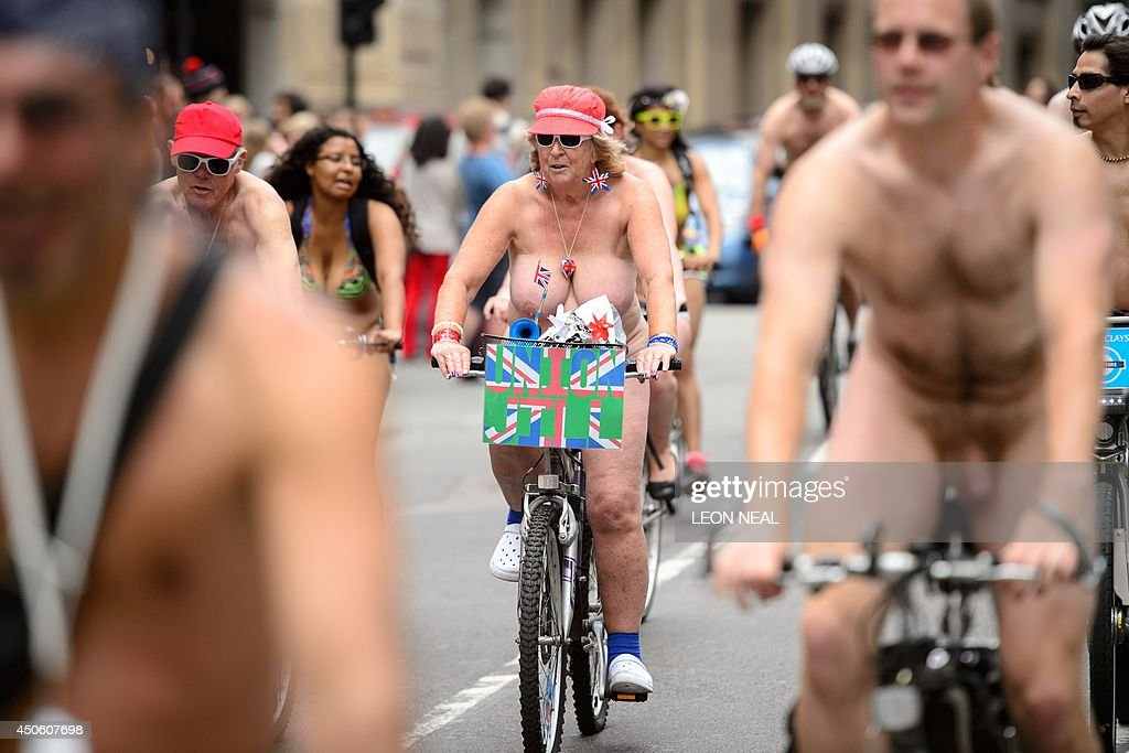 BRITAIN-CYCLING-NAKED BIKE RIDE : News Photo