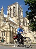 Towns to run cycling scheme