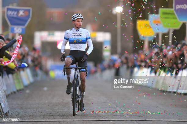 34th Azencross Loenhout 2017 Arrival / VAN DER POEL European Champion Jersey / Celebration / Verzekeringen Trofee /