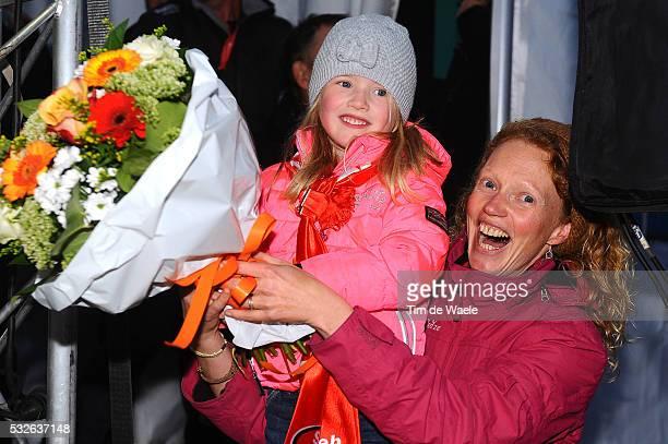 SP AsperGavere 2014 / Podium / Mila VANTORNOUT Celebration Joie Vreugde / dochter daughter fille / Sven NYS /Superprestige / Tim De Waele