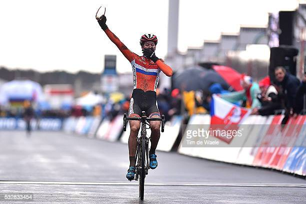 World Championships 2016 / Women Elite / Arrival DE JONG Thalita Celebration Joie Vreugde / Wereldkampioenschap / Tim De Waele