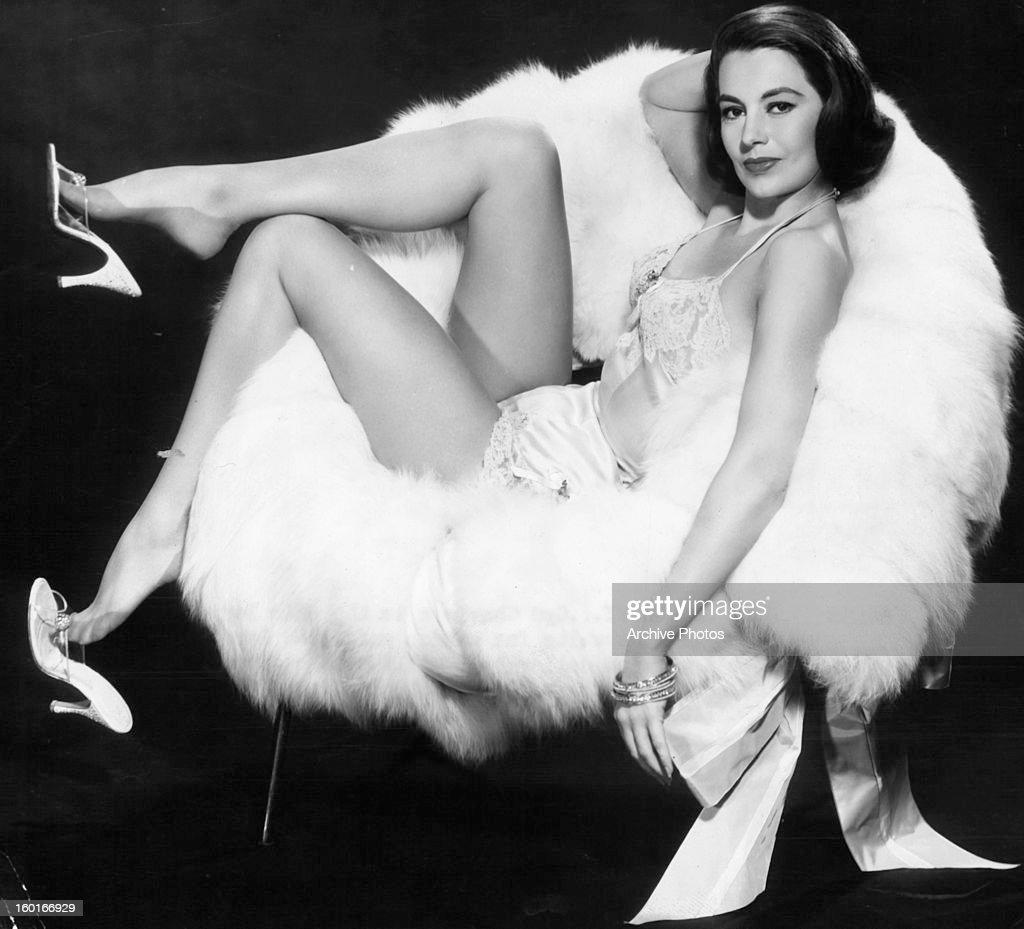 Imelda Papin (b. 1956),Rae Allen Adult photo Malia Jones surfing,Talisa Soto