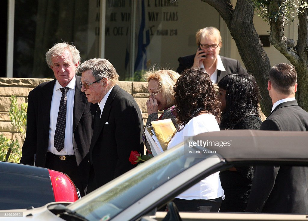 Cyd Charisse Funeral : News Photo