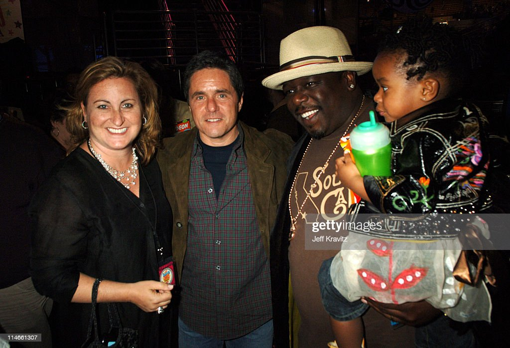 Cyma Zarghami, President Nickelodeon TV and Head of MTV Networks Kids ad Family Group, Brad Grey, Chairman and CEO of Paramount Motion Picture Group, Cedric the Entertainer and guest
