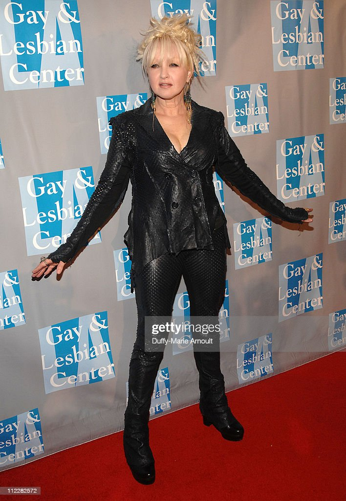 Cyndi Lauper Attends L A Gay And Lesbian Center S An Evening With